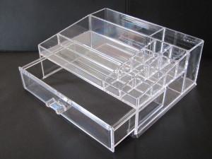 Caixa de acrílico, Organizador coisas feito em acrílico.