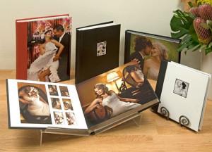 Encadernação e montagem de álbum fotogáficos, encadernação de luxo.