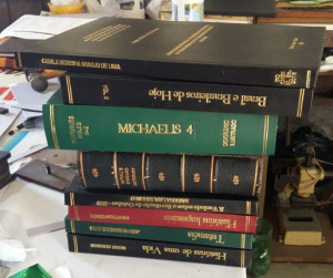 Restauração de livros Antigos, artigos e bíblias.
