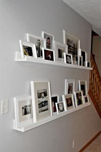 Fotos de celular em moldura de madeira, para decoração.Prateleiras para fotos.