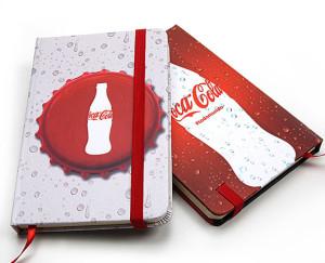 Cadernos modelo moleskine personalizados, brinde Coca Cola.005