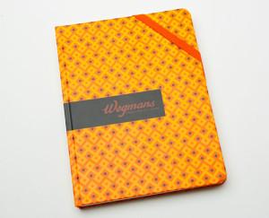 Cadernos modelo moleskine personalizados com padronização a combinar. 006