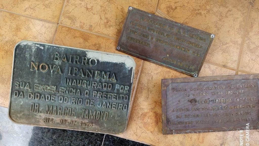 Restauracao-de-placas-de-bronze-antes